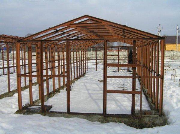 Крыша, выполненная в стиле «домик»