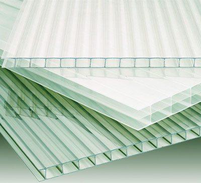 Поликарбонат считается лучшим материалом, который может подойти для данных целей