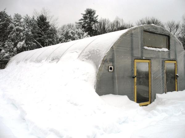 Постройка термо теплицы широко используется в регионах с суровым климатом.