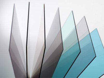 Представлены монолитные листы материала.