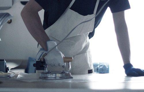 При работе с нагревательными приборами не забудьте надеть перчатки