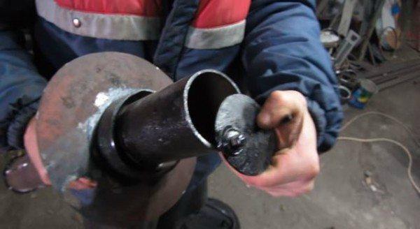 Устройство регулировки подачи воздуха в печь