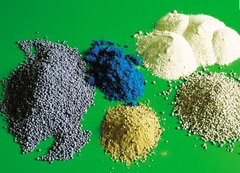 Фото минеральных удобрений.