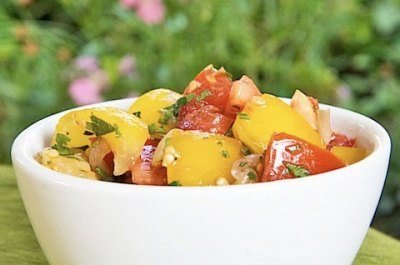 Салат из свежих помидор