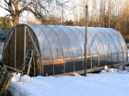 Данный тип конструкций без проблем может простоять и всю зиму