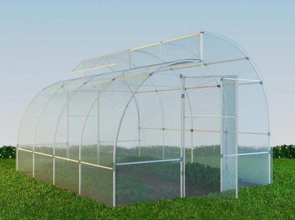 Физические свойства поликарбоната позволяют создавать конструкции любой сложности
