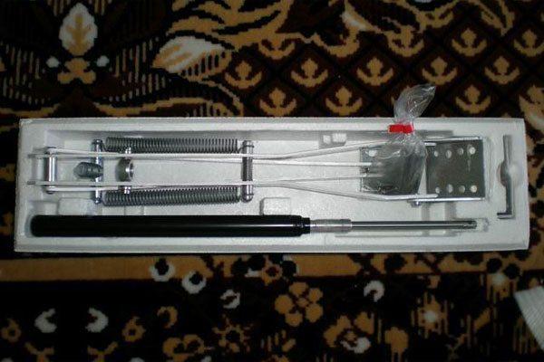 На фото – нехитрое устройство для проветривания, которое для установки требует только отвертки или шуруповерта