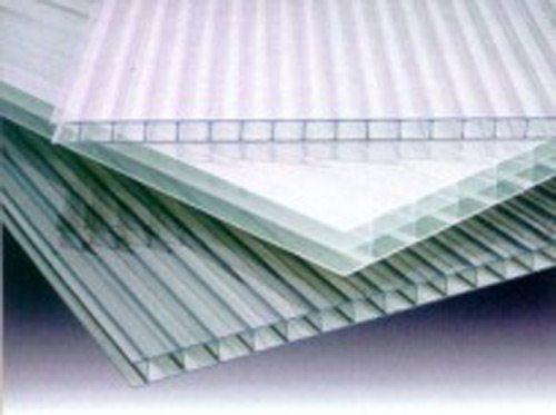На фото представлен материал сотового типа