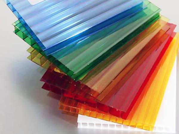 Сотовый поликарбонат выпускается всех цветов спектра