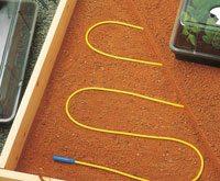 На этом фото вы можете увидеть, как выглядит электрический нагревательный кабель