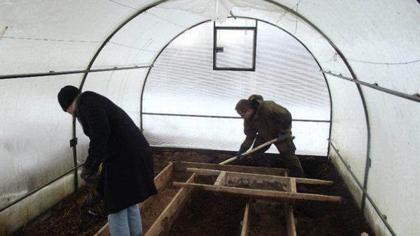Подготовка грунта для высадки рассады