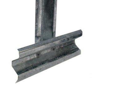 Т-образная ножка, фиксирующая парник в грунте
