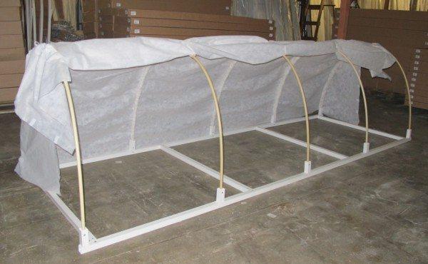 Вариант изготовления подобной конструкции с использованием металлического каркаса в качестве основания